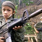 photo 2018 04 20 07 03 30 - کودک-سرباز (عکس) - کودک, سرباز, جنگ, ایدئولوژی